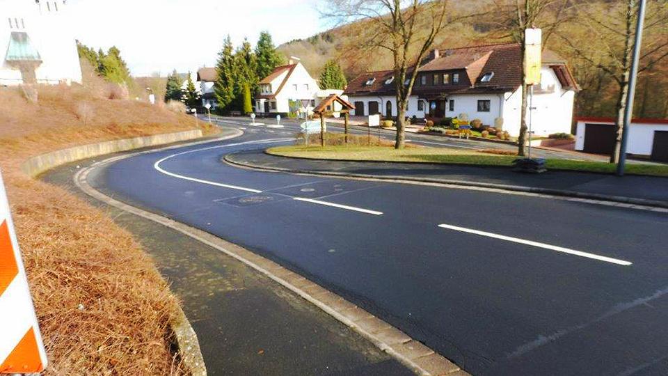 Start der Straßenbauarbeiten in der Ortsdurchfahrt Uerzell