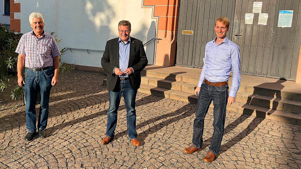 Arnold Lifka leitet Rathaus der Brüder-Grimm-Stadt