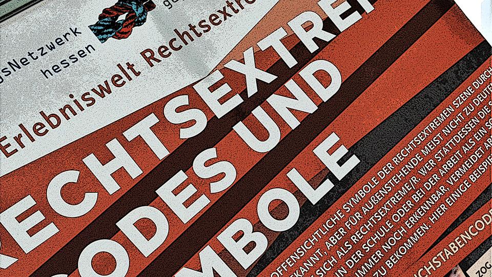 """Digitale Präsentation """"RECHTSaußen – MITTENdrin?"""""""