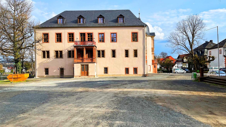 Schloss Wächtersbach: Das Umfeld wird verschönert