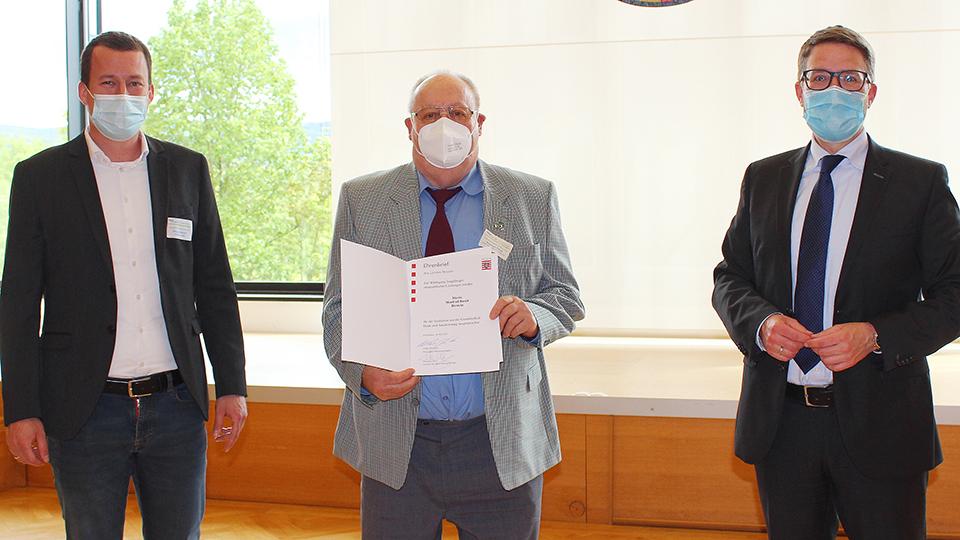 Landrat würdigt Verdienste von Manfred Rasch aus Lichenroth